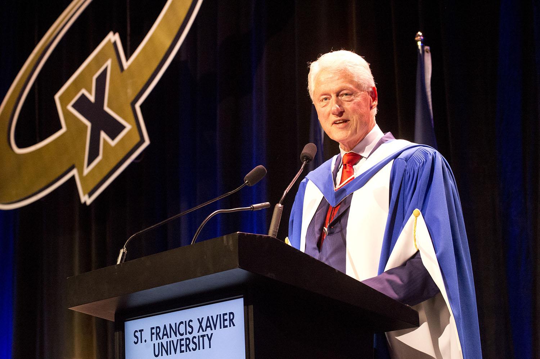 Bill Clinton hon doc at StFX podium toronto