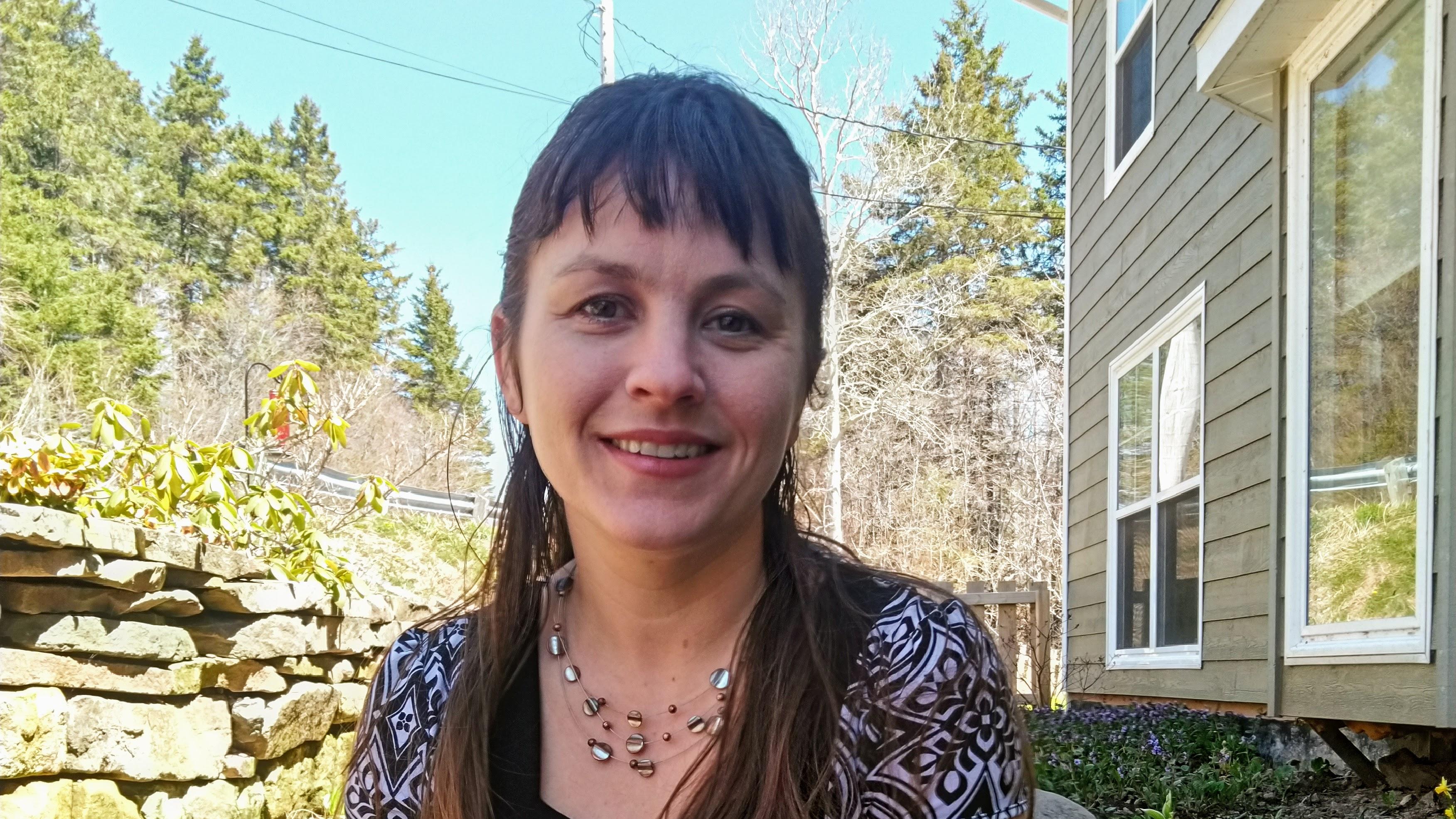 Laura Estill